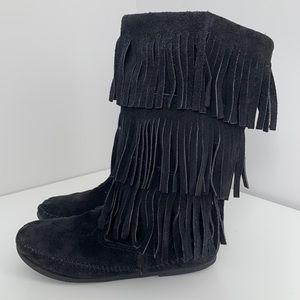 Minnetonka Fringe Boot Black Size 10